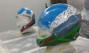 casco-de-enduro-daniel-chozas-air-custom-paint-4