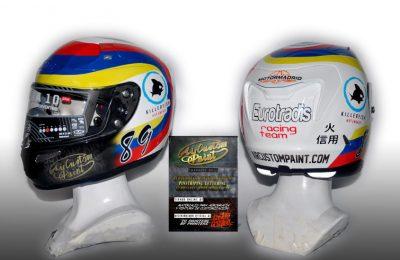 Cascos para el piloto Ángelo Paolo